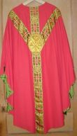 Ornement rouge n° 16 : chasuble